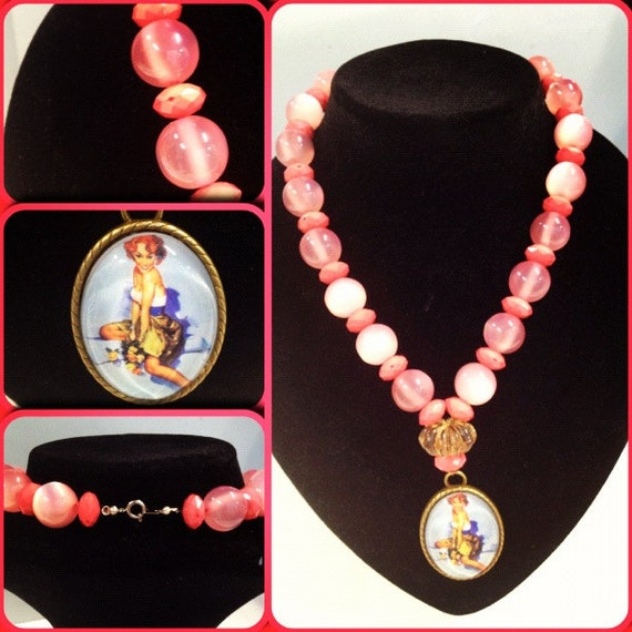 Miss Rosie Gorgeous Pink Beaded Necklace Pin Up Rockabilly Kitsch