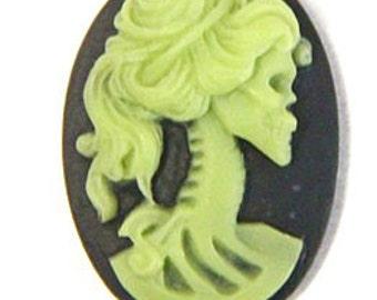 6 pcs resin lady skull cameo -18x25mm-RC0170-4-wassabi on black