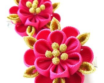 Kanzashi fabric flowers. Set of 2 hair clips. Fushia and gold.