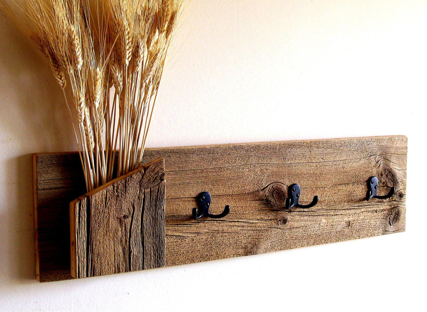 Rustic Reclaimed Barn Wood Wall Hung Coat Rack Hat Rack