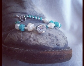 The Vintage Pearl Bracelet