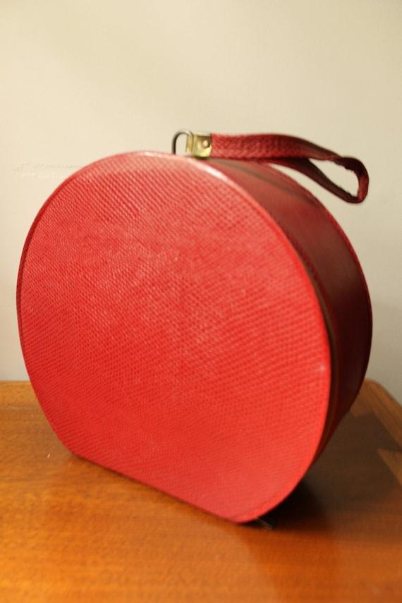 Hat Box - Cherry Red - 1950s