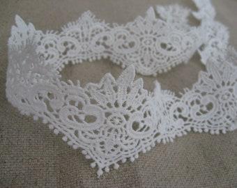 off White lace trim, bridal lace, venise lace, crocheted lace trim, wedding lace, crown design lace DG19B