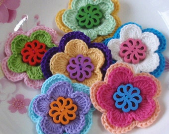 6 Crochet Flowers With Button In Multicolor  YH-106-01