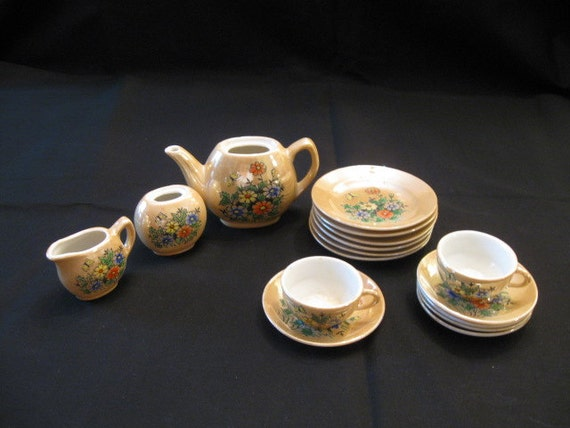 Gold Luster Floral Tea Set Childs Dolls Miniature 16 Pieces Made in Japan