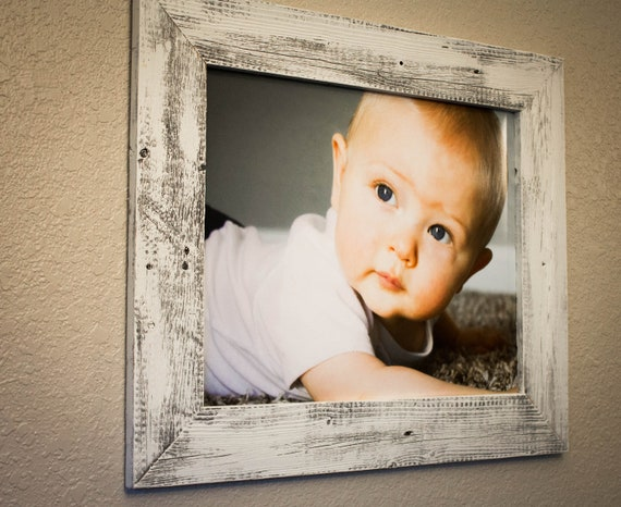 barnwood picture frame 16 x 20 made with reclaimed wood. Black Bedroom Furniture Sets. Home Design Ideas