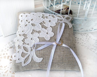 Lace rustic wedding pillow/ burlap wedding ring pillow/ ring bearer pillow/ shabby chic pillow/ beach wedding decor barn wedding ring pillow