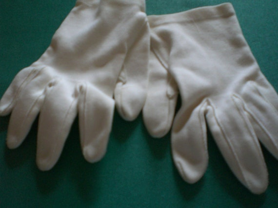 White Dress Day Gloves Small