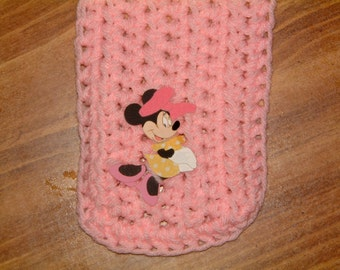 Mini Mouse Pink -- A Little Scarf for Mickey's Girlfriend