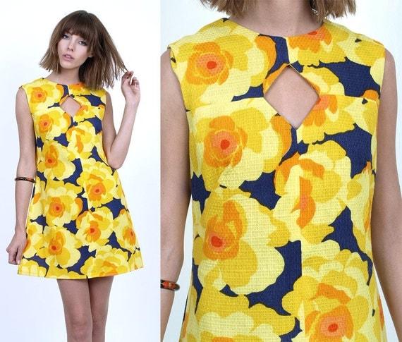 60's 70's Yellow POPPY Florals Print Cotton Mod Mini Aline Shift Dress S/M