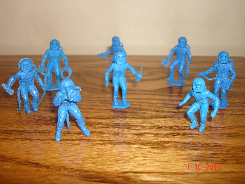Plastic Figures Toys 111