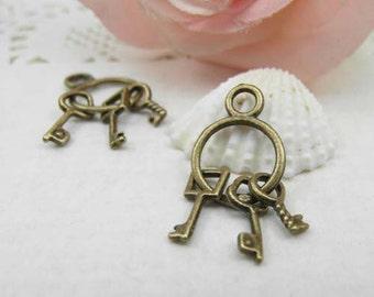 10pcs Cute Antique Brass Keys Charm Pendant -13x24mm