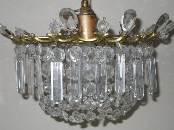 SOLD / Vintage shabby chic cottage boudoir Paris apt crystal bag chandelier