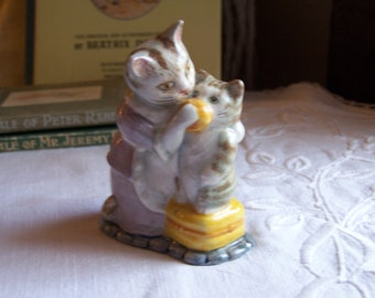 Beswick Beatrix Potter figurine - Tabitha Twitchit and Miss Moppet - Bp3b backstamp