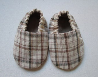 Handmade Cotton Reversible Baby Booties in Tan and Khaki Plaid with Khaki Flannel Lining --Made to Order