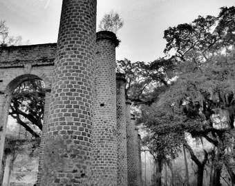Sheldon Church, Yemassee, South Carolina 's historic ruins and columns in Black and White (canvas)
