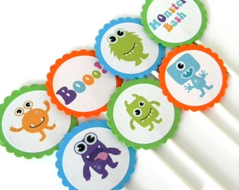 12 Monster Cupcake Toppers, Monster Birthday, First Birthday, Monster Theme, Scary Monster, Monster Theme, Baby Shower, Monster Bash
