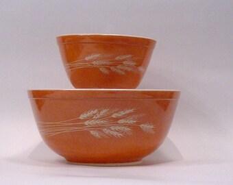 Vintage Pyrex Round Nesting Bowls - Autumn Harvest Bowls 401 and 403