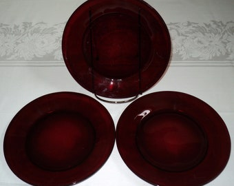 Arcoroc France Classique Ruby Red Salad or Dessert Plate