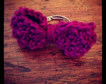 Dainty purple knitted bow ring