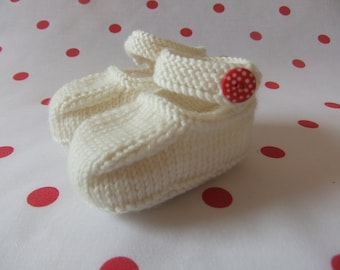 Hand knitted cream Mary-Jane baby shoes  - 0-3, 3-6 and 6-9 months
