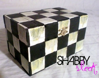 GORGEOUS Whimsical Hand painted decorative checker Recipe box