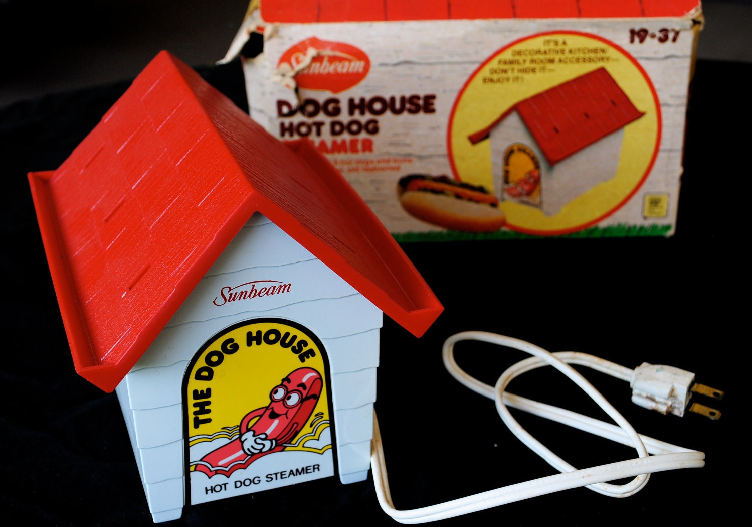 Dog House Hot Dogs