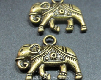 12pcs Elephant Antique Brass Pendent jewelry findings Charms FB35