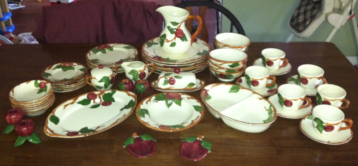 53 Pc Franciscan Ware Apple Design Dinner Dish Set Holiday