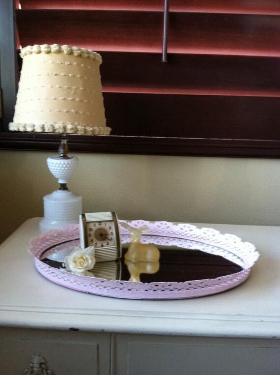 vintage light pink vanity table mirror. Black Bedroom Furniture Sets. Home Design Ideas
