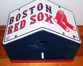Boston Red Sox License Plate Birdhouse/Fathers Day, Sports, MLB, Birthday, Mothers Day, Christmas Gift, Baseball