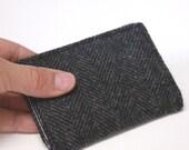 Men's Vegan Wallet Unisex Billfold Card Case in Herringbone Wool