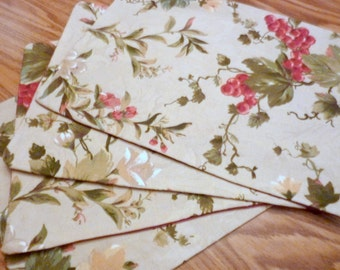 Set of 4 Placemats, Waverly fabric, Taupe with red grapes and green leaves,decorative placemats