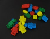 36 PIECE LEGO STYLE edible Cupcake Cake Toppers 12  Men Mini Figures 24 Blocks