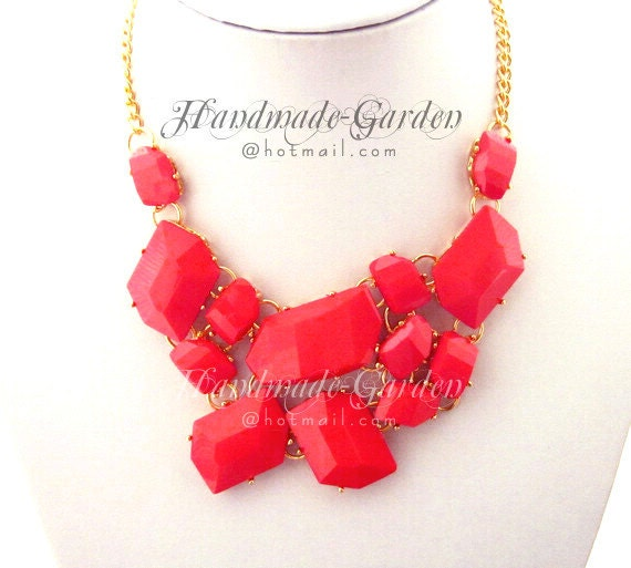 Red - Shattered Faux Stone Fragment Cluster Statement Bib Necklace - GD006A