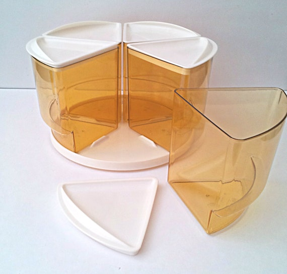 Vintage Rubbermaid Lazy Susan Turnable Carousel Cannister Set