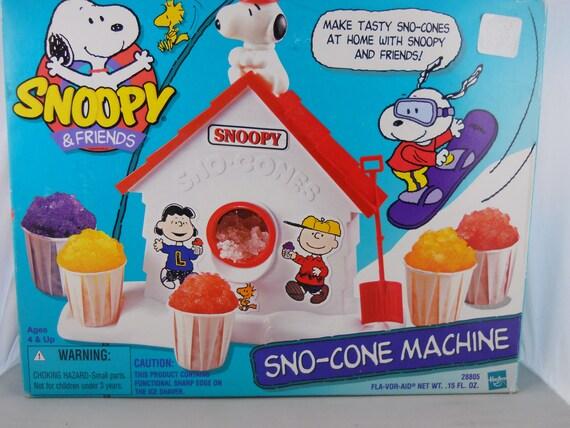 snoopy snowcone machine