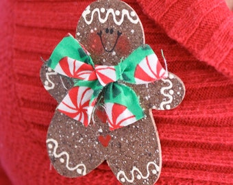 Gingerbread Pin - Perfect for any outfit around the Holidays