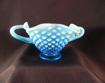 Vintage Bowl Fenton  Opalescent Blue Glass  Hobnail With Two Handles