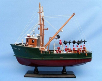 "The Perfect Storm - Fishing Boat Andrea Gail 16"" Model Replica / Famous Boats from Movies and Television / Movie Prop Model Boat"