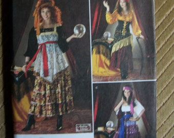 Simplicity 2331 Misses (HH6,8,10,12) and (R5 14,16,18,20,22) Fortune Teller costume. 3 different styles. Factory folded, uncut, new pattern.