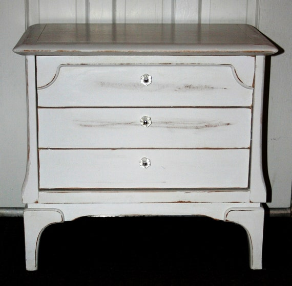 Vintage white hand painted furniture shabby chic cottage - White shabby chic furniture ...