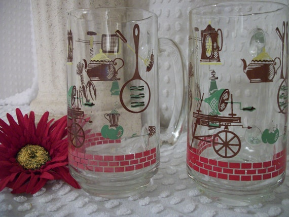 Set of Two Vintage Barbecue Themed 12oz. Glass Mugs