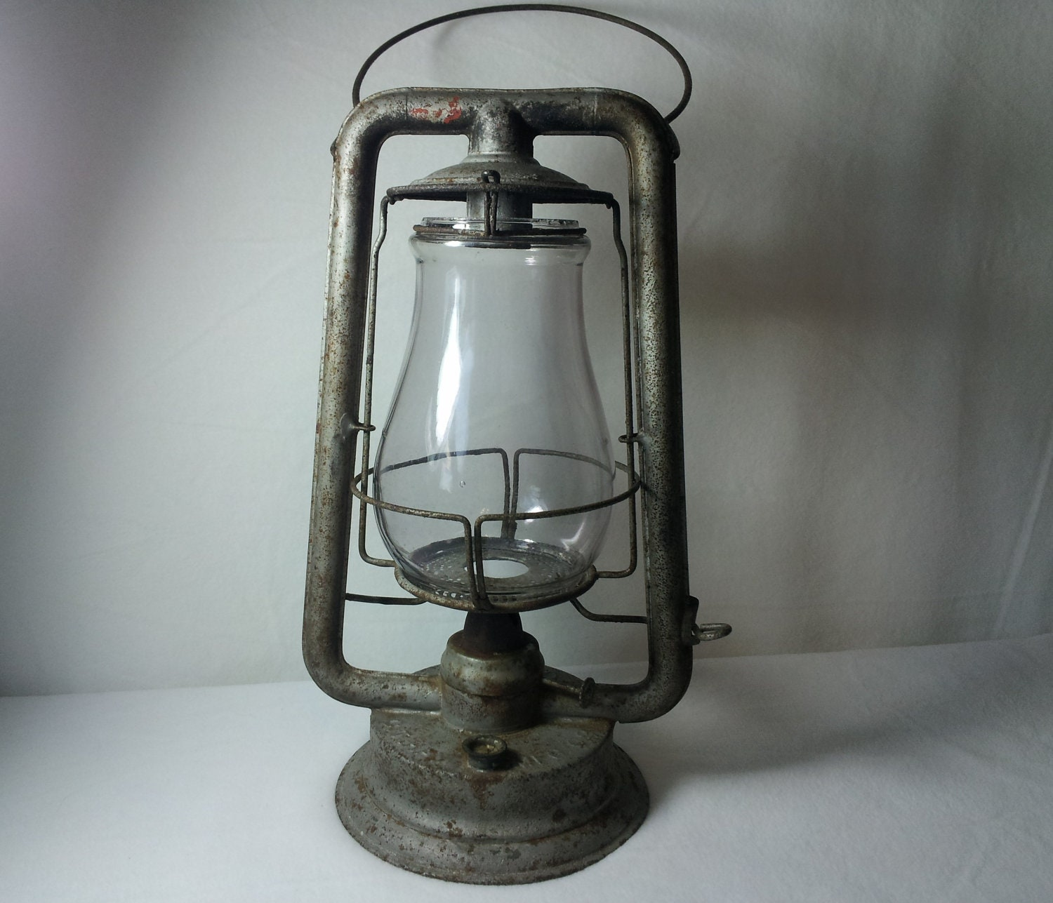 Antique CT Ham No. 0 Clipper Barn Lantern by AntiquesToPresent