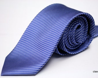Classic handmade blue and white stripe necktie