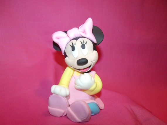 Fondant Minnie Mouse cake topper by Cupncake1 on Etsy
