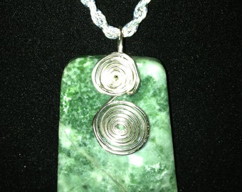 "Tree Agate Shield Pendant, Silver-Plated Wire, Silver-Plated 18"" Rope Chain"