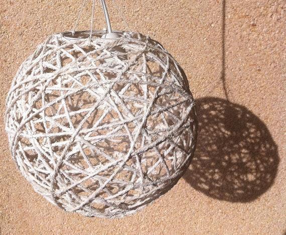 Hand-made Rope Lamp / Lámpara de cuerdas hecha a mano