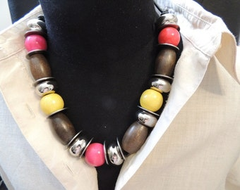 Necklace, colorful, red, yellow,brown, silver, washers on a cord