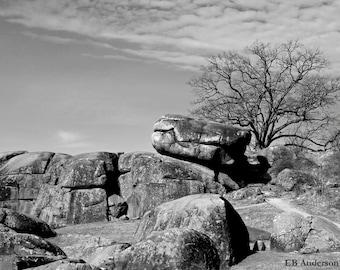 Table Rock, Devil's Den, Gettysburg, Contemporary Civil War BW